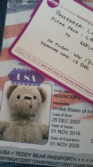 nounours-passport-and-boarding-pass