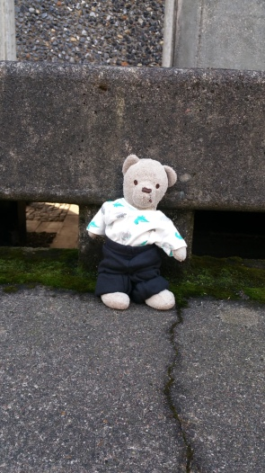 nounours-on-a-bench