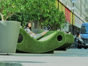 Amazing grass chair